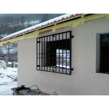 im_12_1_gratii-metalice-de-protectie-ferestre
