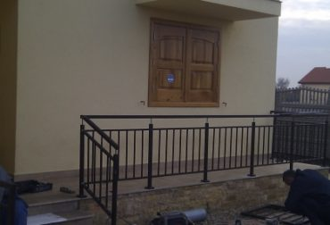 im_26_1_balustrada-balcon-si-balustrada-terasa-fier